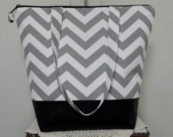 XL Insulated Lunch Bag, Vinyl Bottom, Chevron, Nylon Liner, Inner Zipper Pocket, Large Capacity,Machine Washable, Sturdy,Bottom Insert.