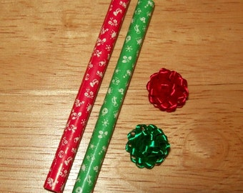 Dollhouse Miniature Christmas Wrapping Paper Rolls and Bows Set