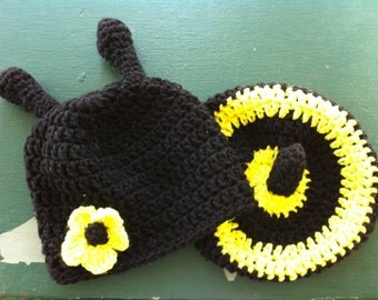 Cute Newborn Crochet Bumblebee Hat and Tushy Topper