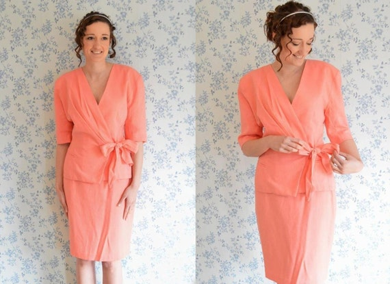 Vintage 2-piece Co-Ord Pastel Coral Pink Pencil Skirt by MimisLoft
