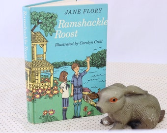 Ramshackle Roost Written by Jane Flory, Illustrated by Carolyn Croll, 1972, Vintage Picture Book, Vintage Children's Book