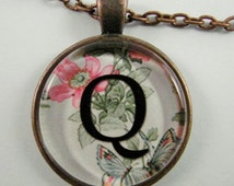 """Initial """"Q"""" Necklace -- Spring pattern Personalized Letter Q Necklace, Wedding Necklace, Bridesmaid Necklace, Hen Night Necklace, Friendship"""