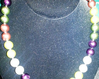 Chunky Colorful Pearl Necklace