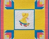 Sunbonnet Sue Banner of the Month Wall Hanging Pattern - April Showers