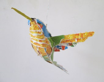 Kolibri, hanging bird made of packaging material