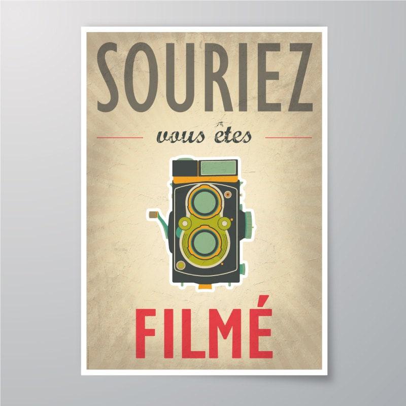download printable souriez vous tes film vintage poster. Black Bedroom Furniture Sets. Home Design Ideas