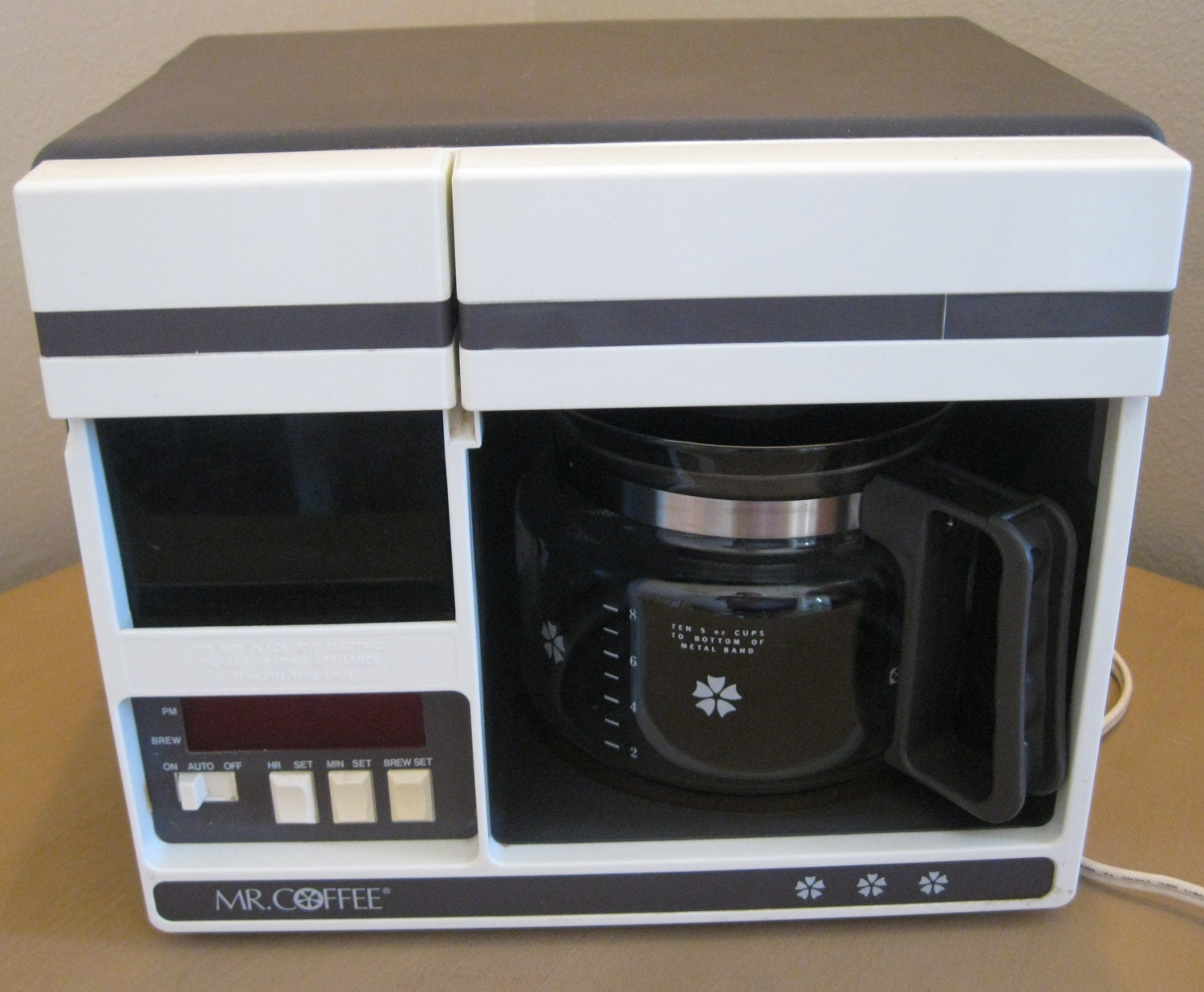 Vintage Mr. Coffee Programmable 10 Cup by cyclonecollectibles