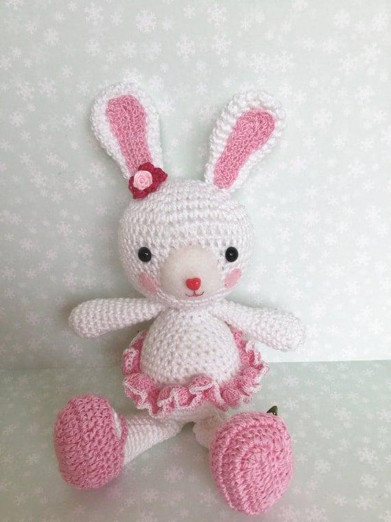 Amigurumi Cute Rabbit : Cute Bunny Amigurumi doll