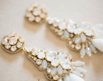 Gold and offwhite bridal earrings - E03