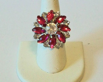 Elegant Dark Pink and Clear Round Floral Style Rhinestone Fashion Ring Adjustable Band