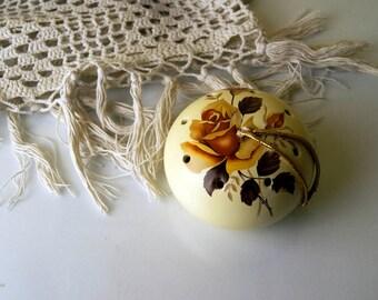 Vintage Ye Olde Floral Ceramic Pomander