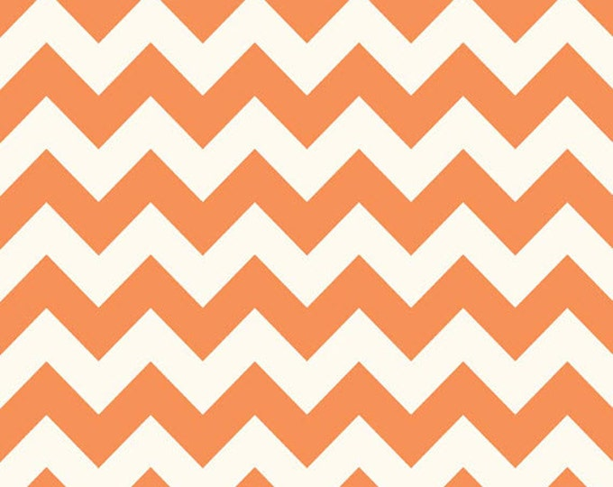 One Yard Le Creme Chevron - Medium Chevron on Cream in Orange - Cotton Quilt Fabric - C640-60 - Riley Blake Designs (W2461)
