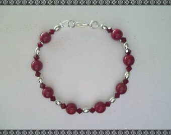 red bracelet, dark red bracelet, red crystal bracelet