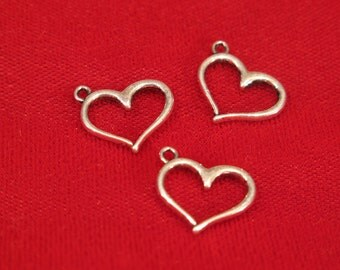 "BULK! 30pc ""heart"" charms in antique silver style (BC601B)"
