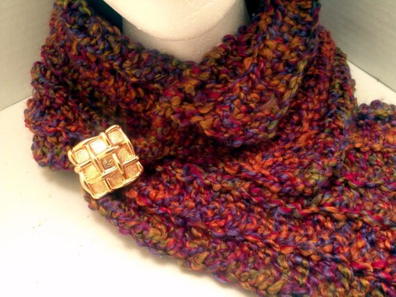 crochet scarf and beanie in fall colors by dlovestocrochet