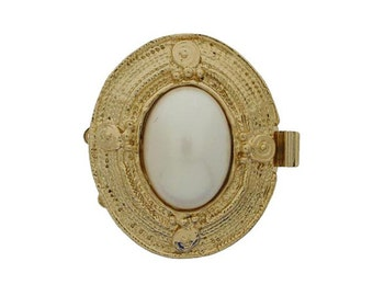 """Three-Strand Edwardian """"Picture Frame"""" Pearl Clasp in Gold Finish, 33x30mm"""