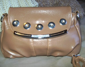 Ginger Snap Buckskin Color Attachment Purse