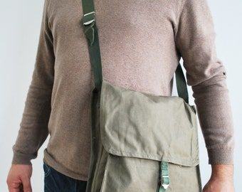 Vintage Military Army Bag, Army canvas Bag , across body messenger bag, Vintage fashion