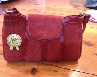 SALE! Deadstock late 70s suede handbag in pristine condition
