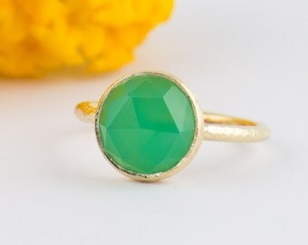 Green Chrysoprase Gold Ring - Green Chrysoprase Stackable Ring - Green Facet Gemstone Ring Size 4 5 6 7 8 9 10