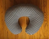 Black and white Triangle nursing pillow Cover