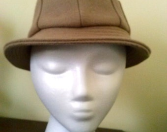 Ladies wool bucket hat with pocket size small made by Quaker Marine Supply Co.