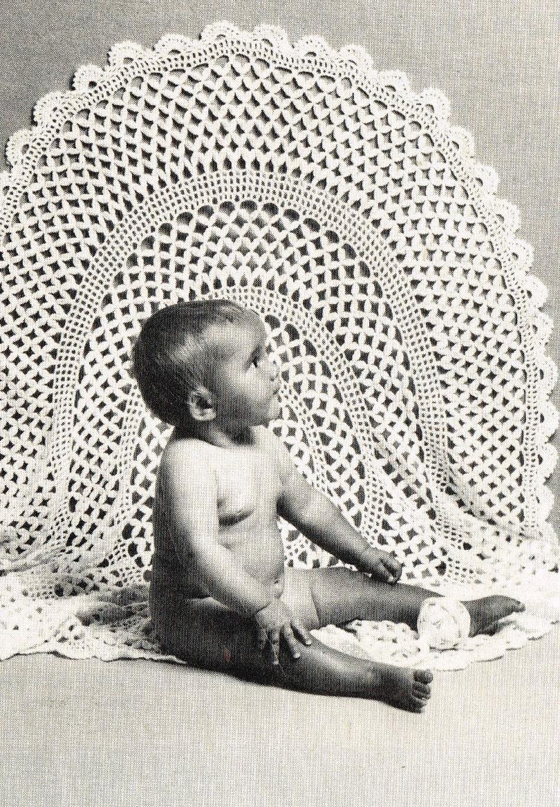 Crochet Pattern For Baby Roller Skates : Circular crochet baby shawl round vintage crochet pattern PDF