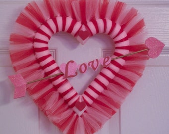 Small Valentine Tulle Wreath