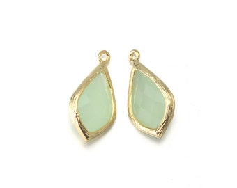 Light Mint Glass Pendant . Jewelry Craft Supplies . 16K Polished Gold Plated over Brass  / 2 Pcs - AG029-PG-LM