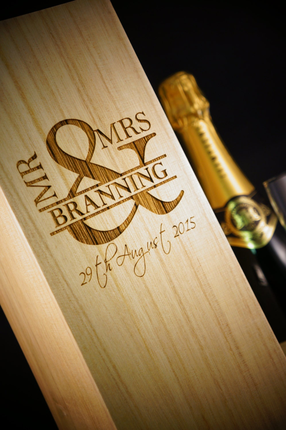 Personalised Wine Box Wedding Gift Mr and Mrs Wine by YBCMDesigns