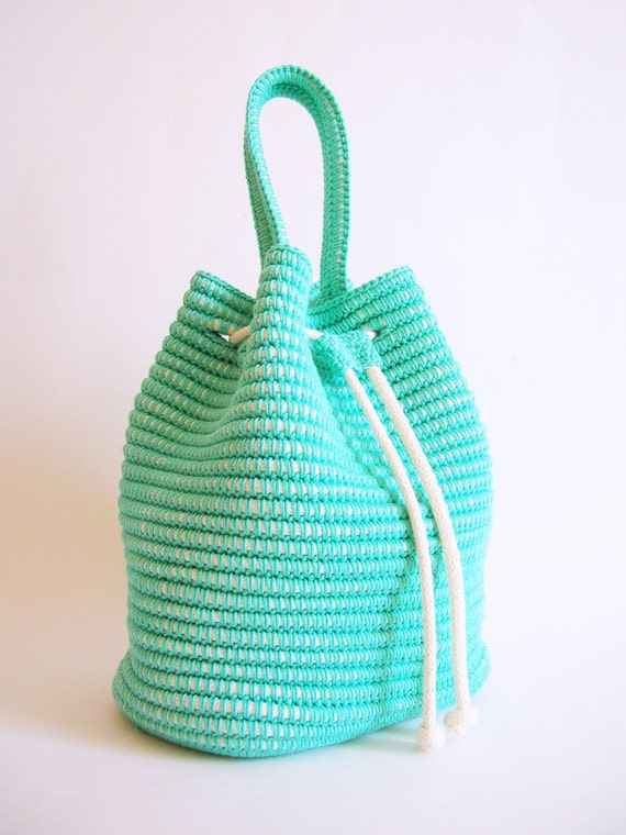 Crochet pattern for a drawstring bag. Practice tapestry by ...