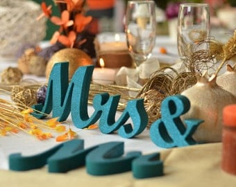 Glitter Sign Mr & Mrs- Wedding decoration-  Mr and Mrs signs for sweetheart table