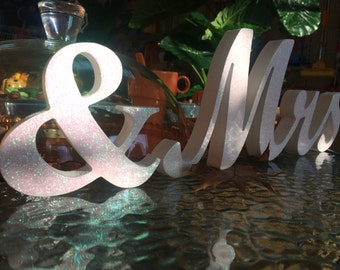 White and Gold glitter wedding sign MR MRS for sweetheart table,engagement ,phototography ,prop photo prop,Table sign