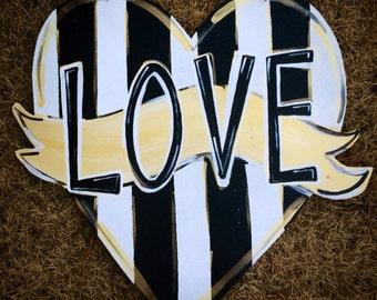 Valentine's Door Hanger, Heart Door Hanger, Love, Valentine, Welcome Door Hanger, Stripes, Polka Dots