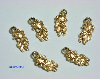 "Lot of 24pcs Double Sided ""Goldfish"" Gold Color Plated Metal Charms. #XX353."