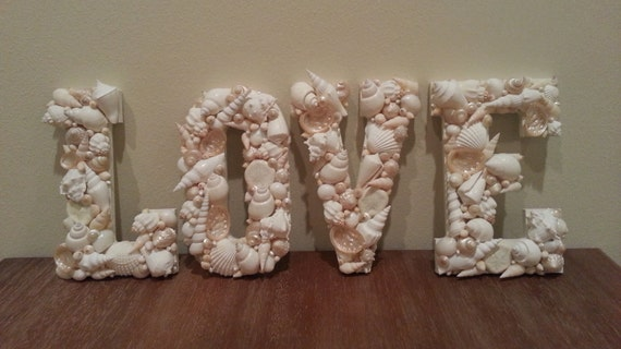 seashell craft ideas home decor shell letters seashell letters home decor 5391