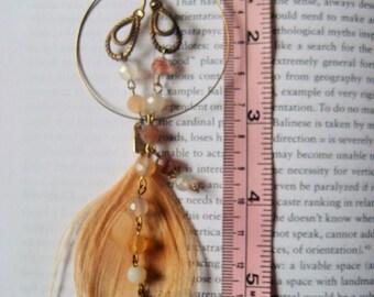 La Pêche Hurlante flapper inspired dangling peacock earrings boucles d'oreille inspirées des délurées des années vingt