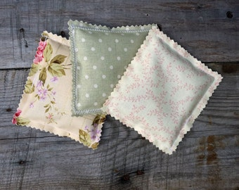 Lavender Fabric Sachets, Sachet Pillows, Wedding Favor, Baby Shower Favor, Lavender Scented Drawer Sachet Pillows