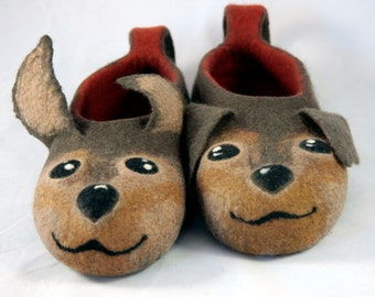 felted dogs slippers adult size / handmade house shoes /dogs felt slippers dog house shoes wet felted adult animal slippers