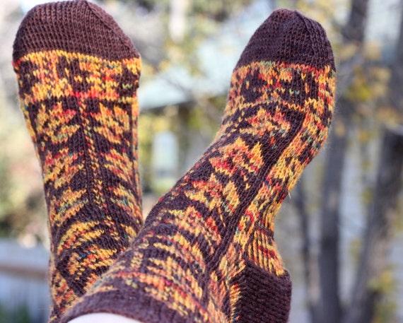 Knitting pattern: Mabon Leaves SocksFair isle stranded