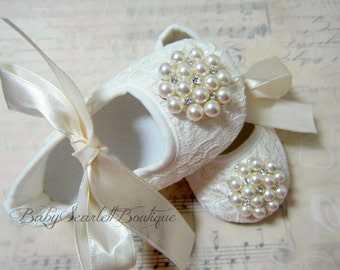 Ivory Lace Baby Girl Shoes