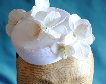 Bridal Pillbox Mini Hat with White Hydrangea Flowers - Bridesmaid Mini Hat - Tea Party Pillbox  Hat - Ready to Ship
