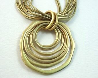 SJC10282 - Vintage concentric circle gold color necklace