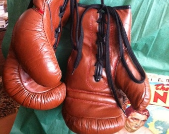 Antique Style Boxing Gloves - Great for the Man Cave!