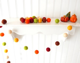 Autumn Garland, Fall Garland, Fall Decoration, Thanksgiving Garland, Felt Ball Garland, Autumn Decor, Halloween Decor, Pumpkin, Pom Pom