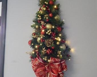 Wall Tree, Christmas Wreath, Holiday Wreath, Christmas Swag, Wall Tree, Cordless ecor, Battery operated,Teardrop, Swag on sale, Swag...