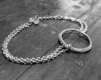 Y3 - Bracelet chaine double, motif rond martelé
