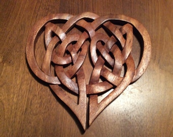 Celtic love heart knot