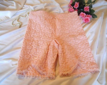 Vtg 1950'S ~ French SCANDALE Girdle ~ Pristine Pink Floral Lace Panty Girdle With Garters S-M NOS