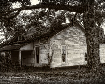Lonely House, Black and White Photography, Old House, House Photography, Architecture